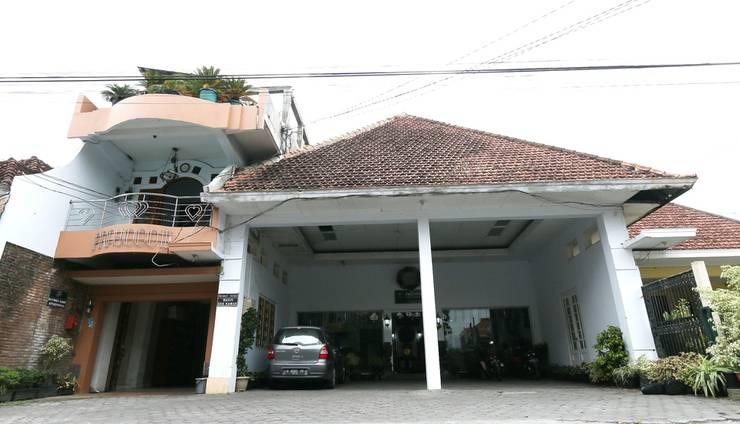 Hotel Prayogo III Prawirotaman Jogja - Exterior