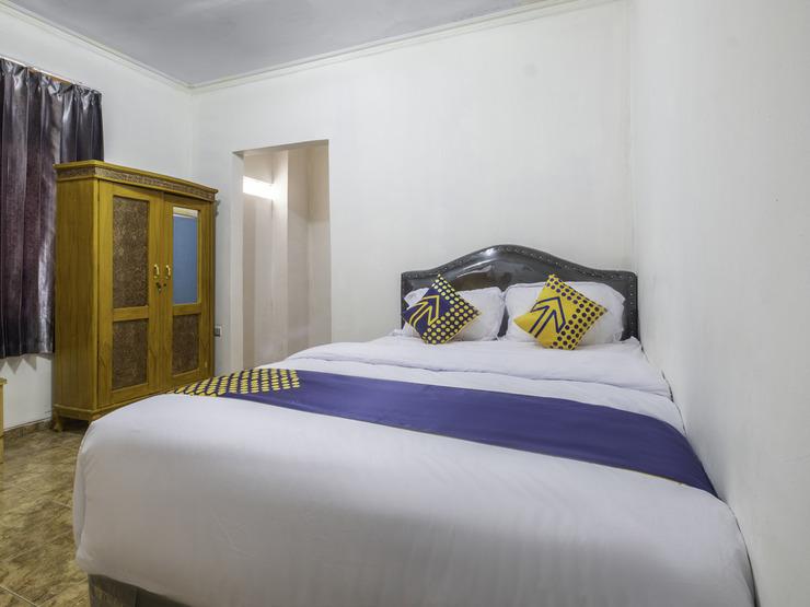 SPOT ON 2412 Mandala Residence Karawang - Double
