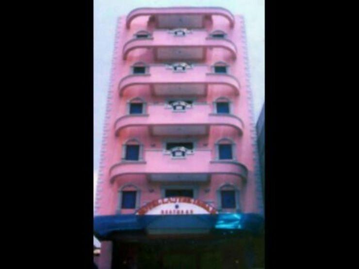 Hotel Lautze Indah Jakarta - Facade