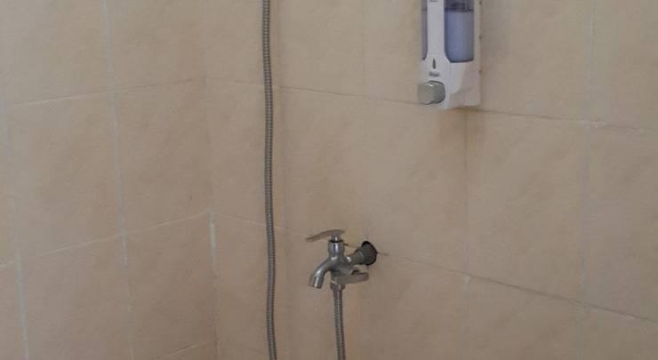 Cahaya Rahman Guest House Banjarbaru - Kamar mandi