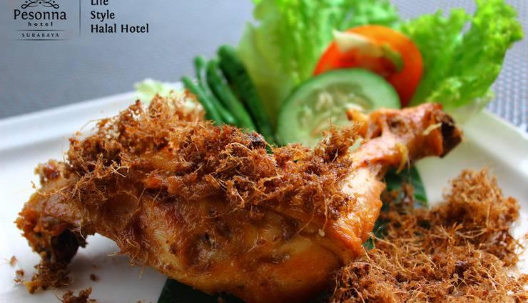 Pesonna Surabaya - Ayam goreng lengkuas