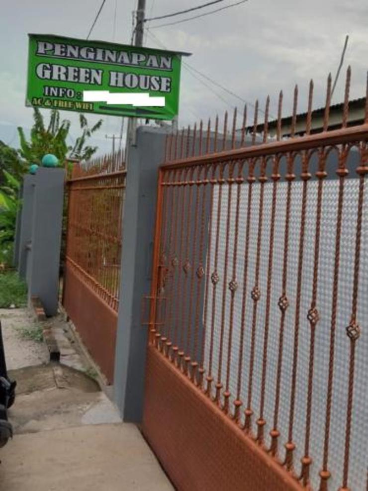 Penginapan Green House Bangka Bangka - Facade