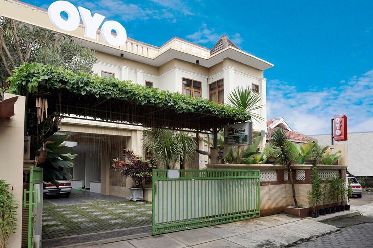 OYO 462 Nugraha Residence Yogyakarta - Facade