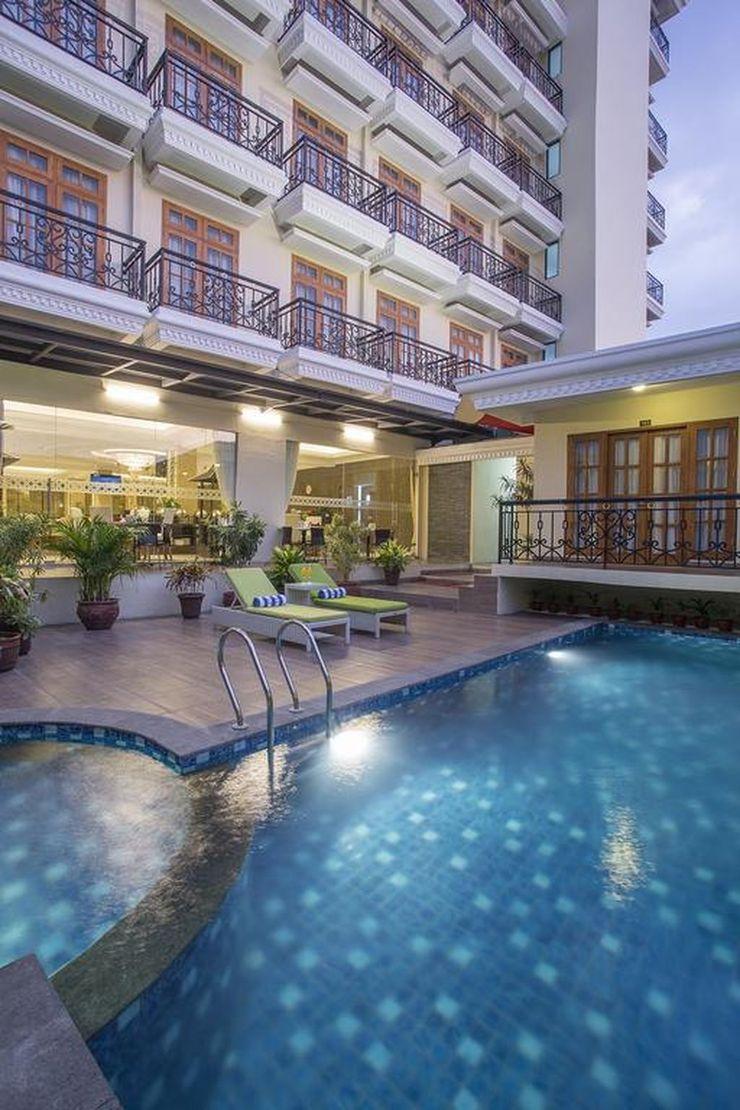 Prima In Hotel Jogja - Pool
