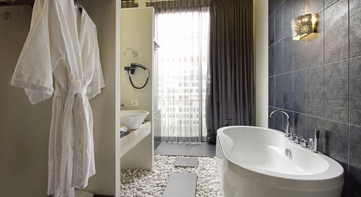 18 Suite Villa Loft Bali - Kamar Mandi