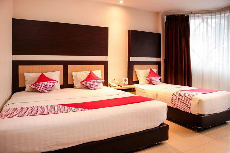 OYO 1009 Hotel Bumi Malaya Medan - Bedroom