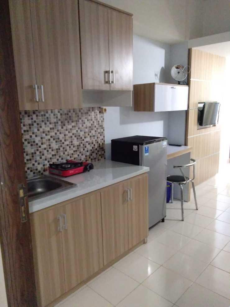 Easton Park Apartment Jatinangor by Heri Sumedang - Kitchen
