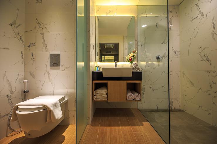 Aveta Hotel Malioboro Yogyakarta - Bathroom
