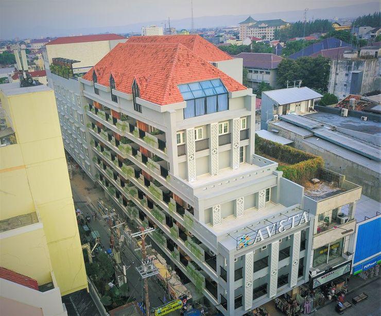 Aveta Hotel Malioboro Yogyakarta - Building