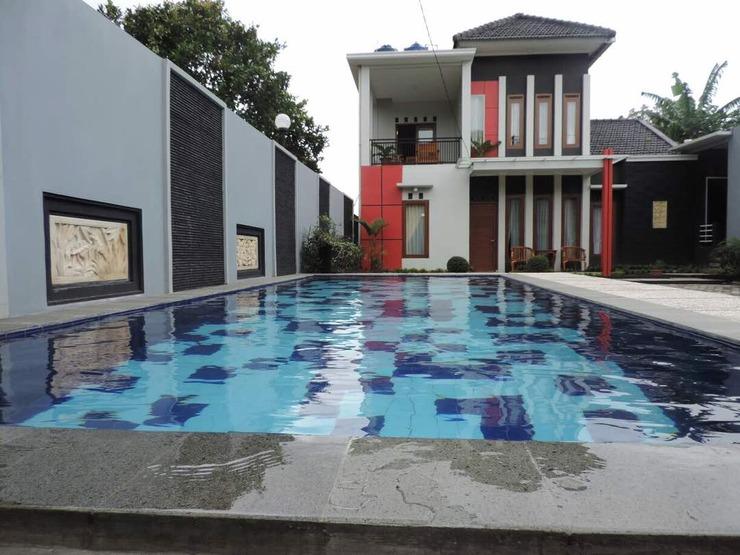 Villa Fahim 1 Puncak 4 Kamar Cianjur - Facade