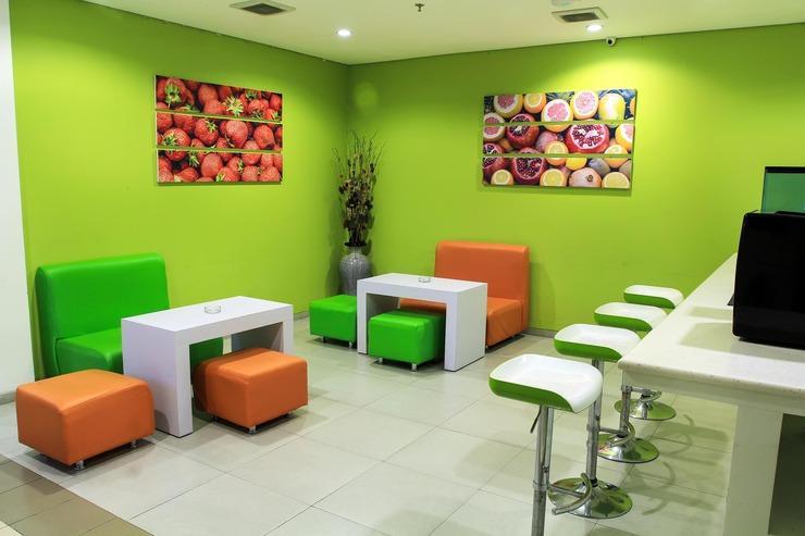 Zest Hotel Yogyakarta - Lounge