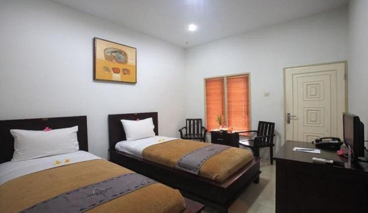 Narmada Hotel Convention Hall Lombok - Room