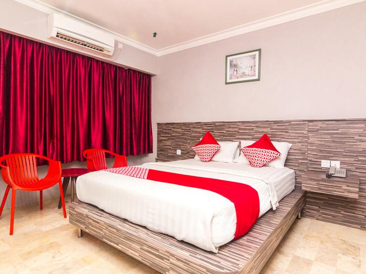 OYO 1896 Kita Hotel Tanjung Pinang - Standard Double Bedroom
