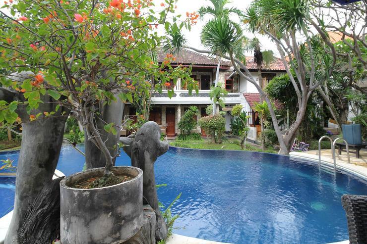 Airy Buleleng Laviana Kalibukbuk Singaraja Bali Bali - Pool