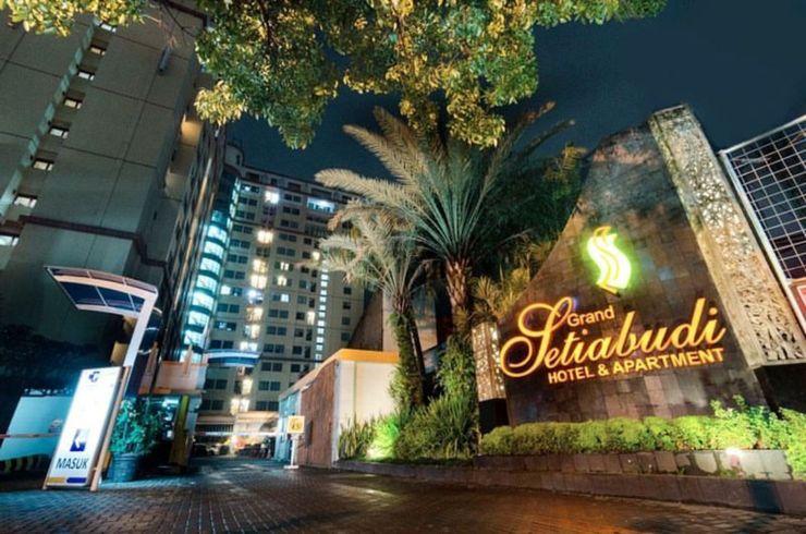 Grand Setiabudi Apartment By Kevin Property Bandung - Facade