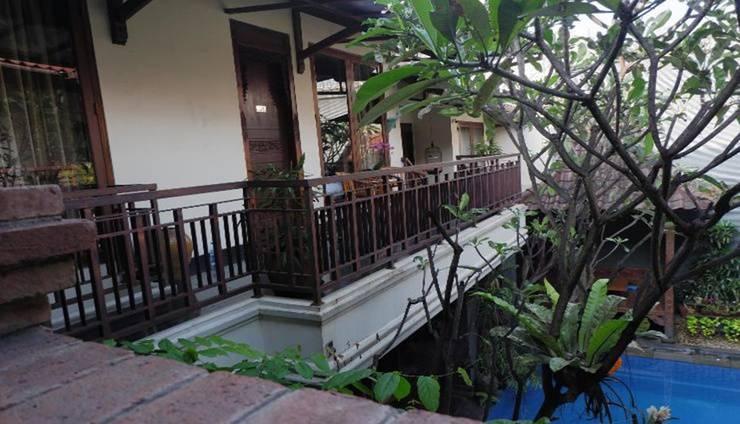 Topaz Keraton Jakarta - Balcony