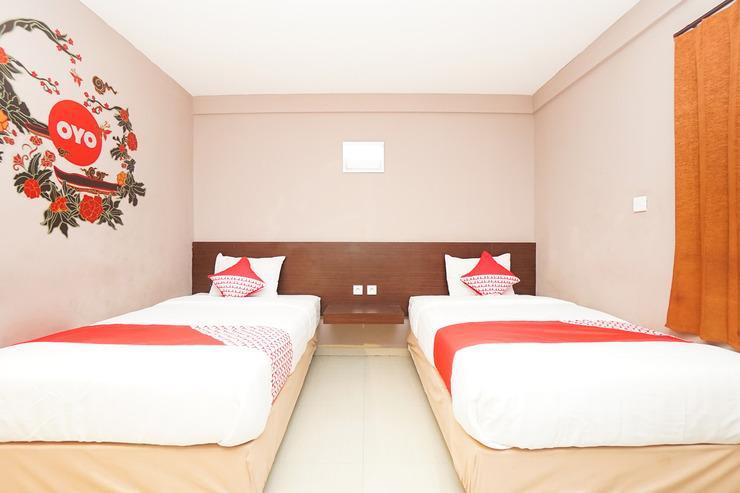 OYO 255 98 Residence Surabaya - Bedroom