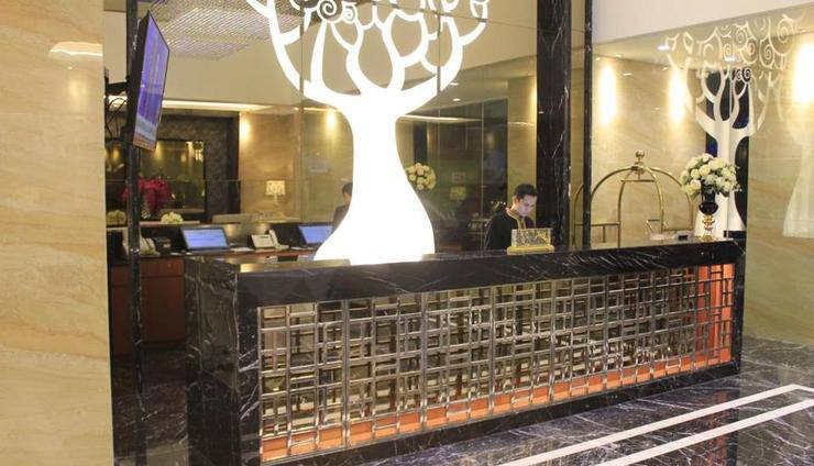 Grand Viveana Hotel Bandung - Front Office