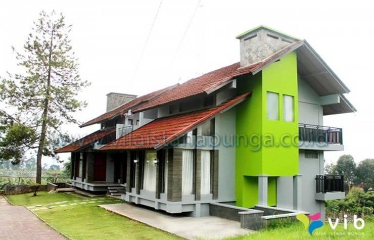 Villa Delisha Istana Bunga Lembang Bandung - Eksterior