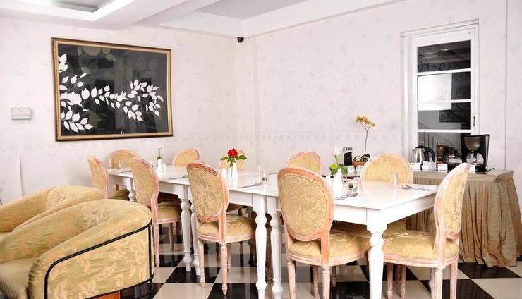 La Nostalgie Guest House Bandung - Restaurant