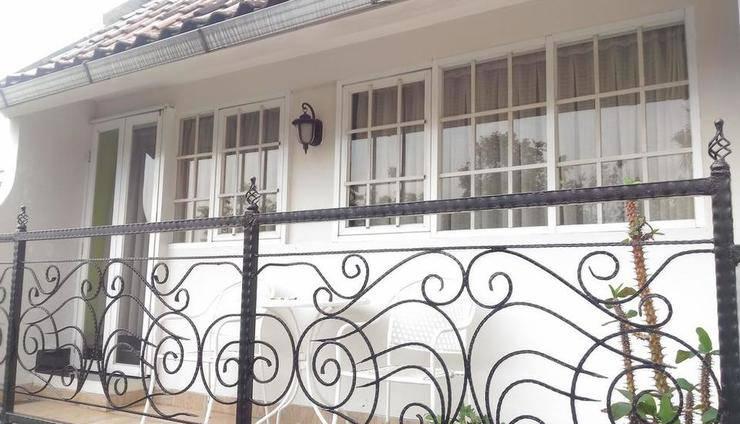 La Nostalgie Guest House Bandung - Appearance