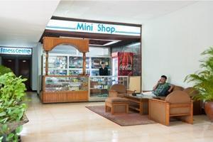 Elmi Hotel Surabaya - Minishop