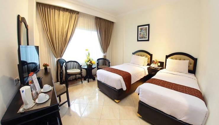 Hotel Sutomo Makassar - Deluxe Twin