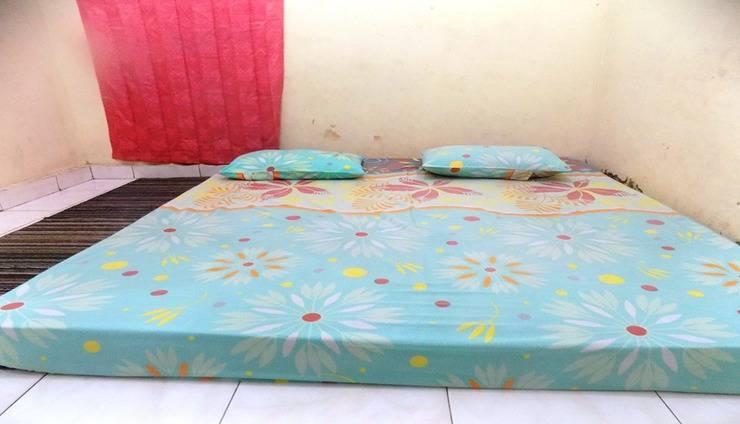 Amelia 3 Guest House SYARIAH Medan Medan - Room