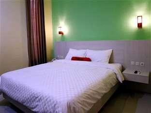 Hotel Halogen Surabaya - Kamar Standard