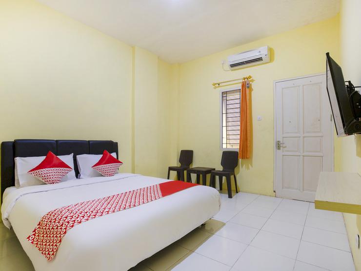 OYO 3189 Hsp Residence Samarinda - Bedroom