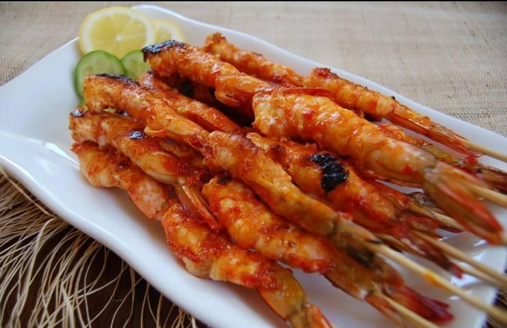Ratu Hotel Dan Resort Jambi - Meal