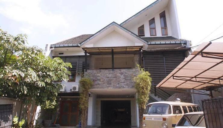 CT 195 Bandung - Eksterior