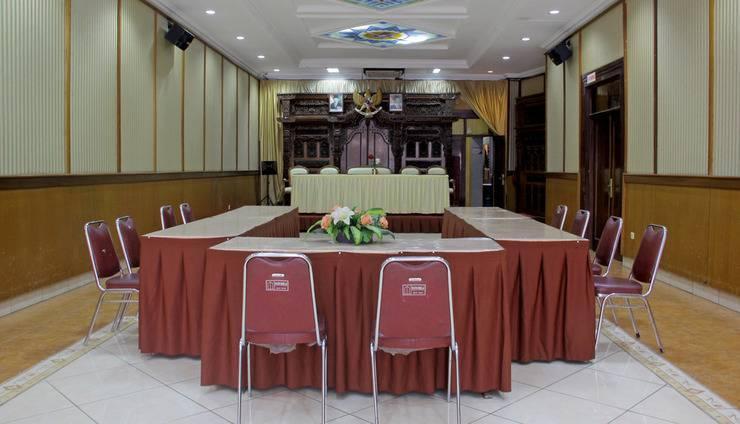 RedDoorz @Lodaya Bandung - Ruang Rapat