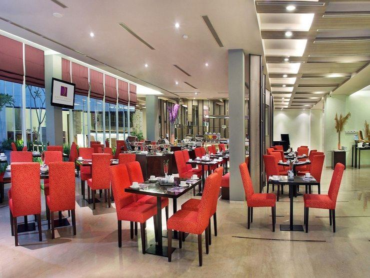 Quest Hotel Simpang Lima - Semarang by ASTON Semarang - Breakfast Area
