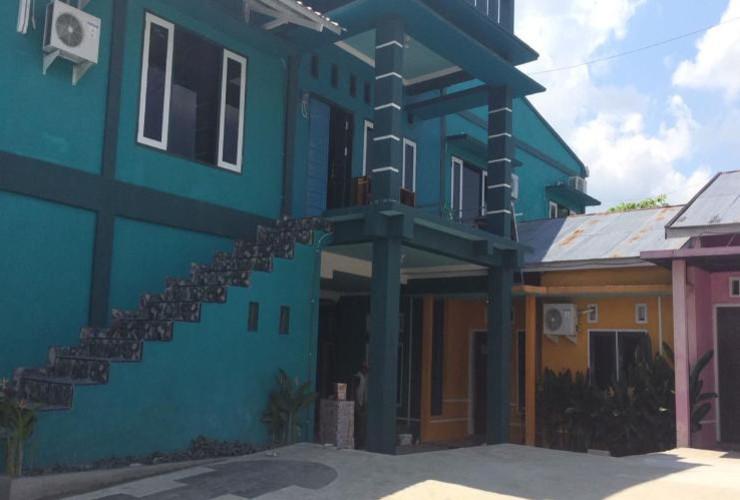 Raissa Guest House Syariah Kotawaringin Barat - Exterior