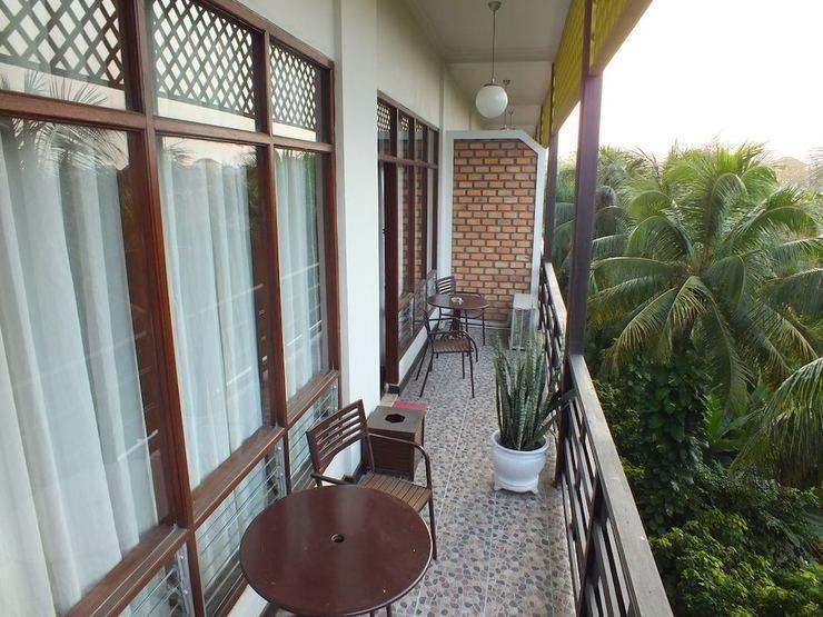Mesra Business & Resort Hotel Samarinda - Balcony