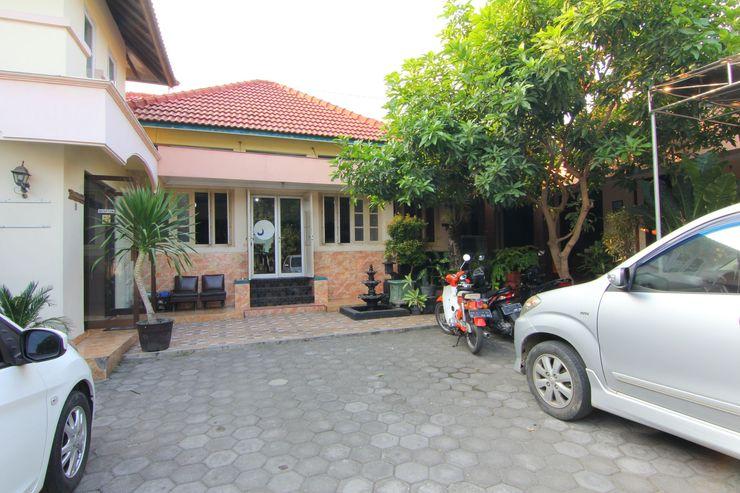 Hotel Nugraha Yogyakarta - Exterior