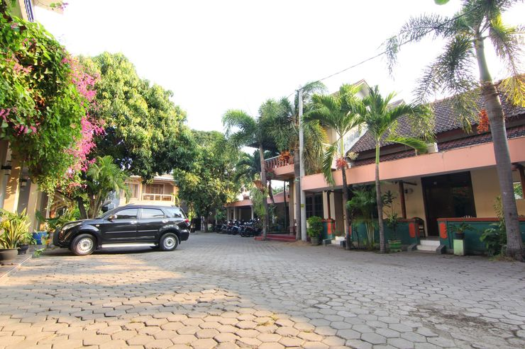Hotel Nugraha Yogyakarta - Parkir