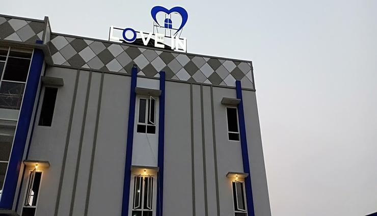 Love in Hotel & Resort Jepara - Facade