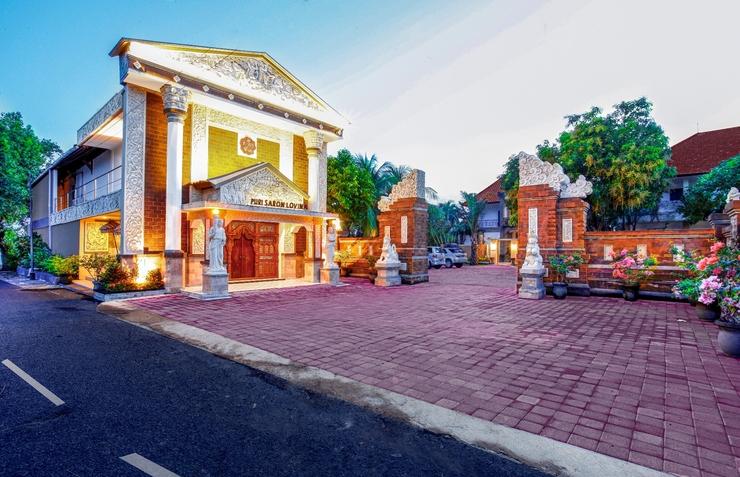 Puri Saron Lovina - lobby