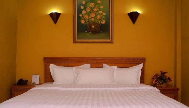 Dhaksina Hotel Medan - Guest room
