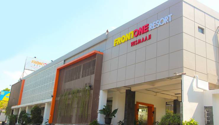 Front One Resort Jogja Yogyakarta - FASADE