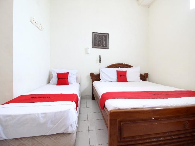 RedDoorz near Sanata Dharma University Yogyakarta - Guestroom