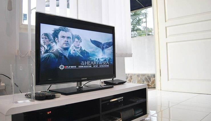Villa Green Apple Malang - LCD, TV kabel, pemutar DVD, dan Wifi gratis