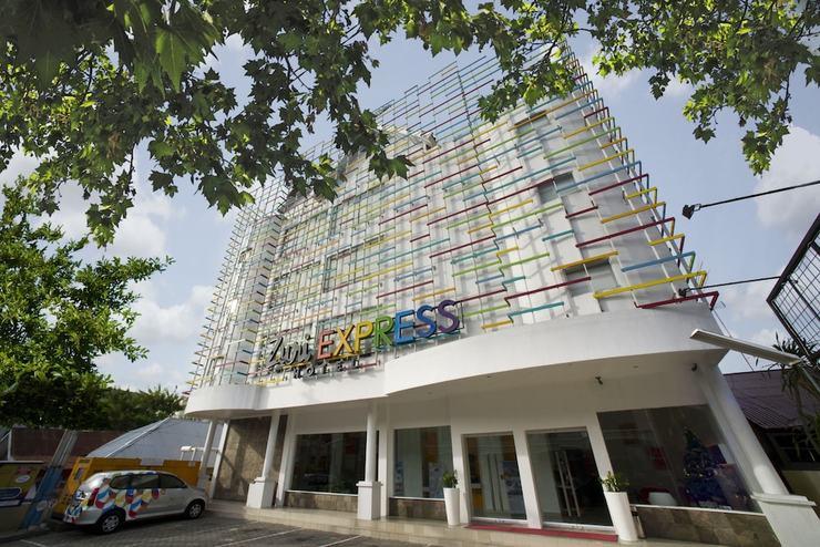 Zuri Express Hotel Pekanbaru - Front of Property