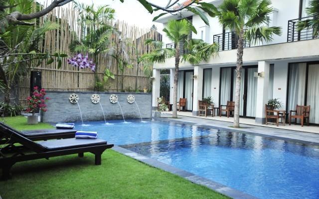 Asana Puri Maharani Hotel Bali - Pool
