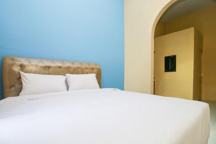 Sky Residence Cengkeh 1 Medan Medan - Standard Double Room