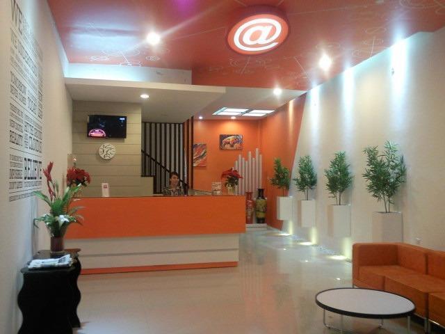 Hotel Alpha Makassar - Receptionist