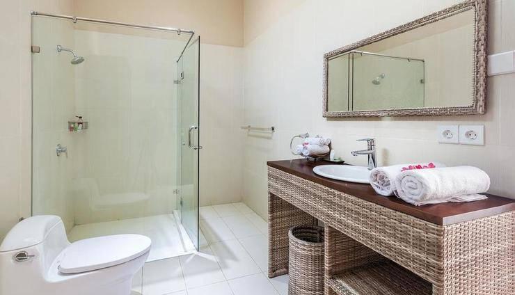 Kura Kura Resort Lombok - Bathroom