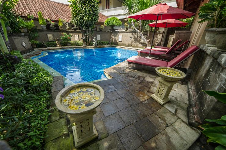 Airy Kuta Kartika Plaza Gang Puspa Ayu 12 Bali - Swimming Pool